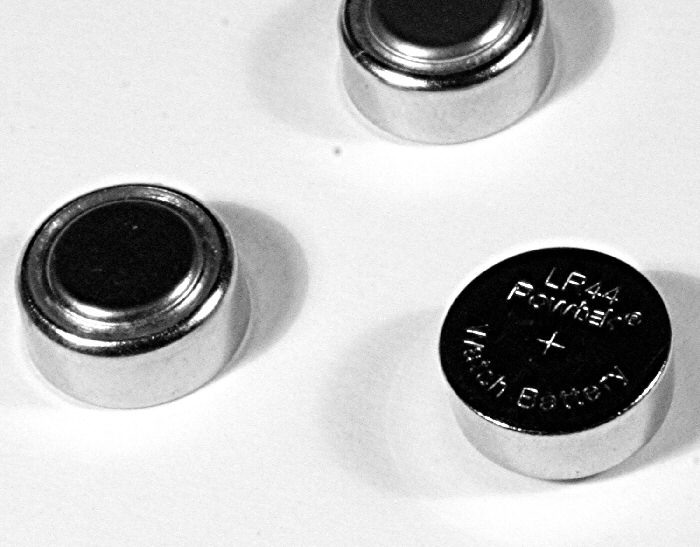 The Dangers of swalllowing button batteries
